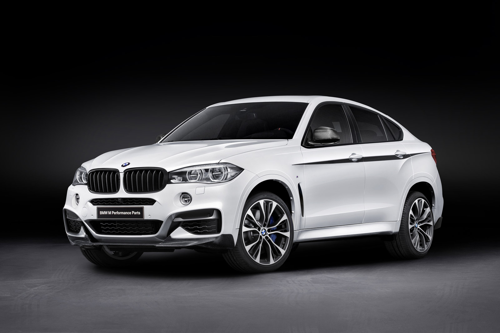 2015 bmw x6 with bmw m performance upgrades 100493671. Black Bedroom Furniture Sets. Home Design Ideas