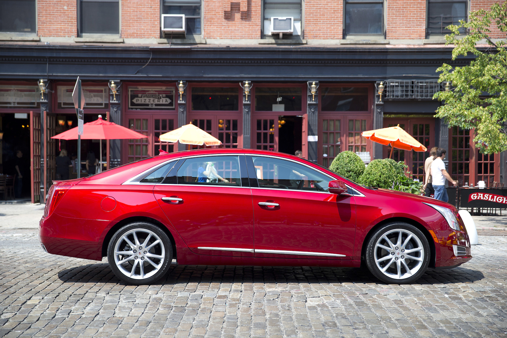 2015 Cadillac Xts Review Ratings Specs Prices And