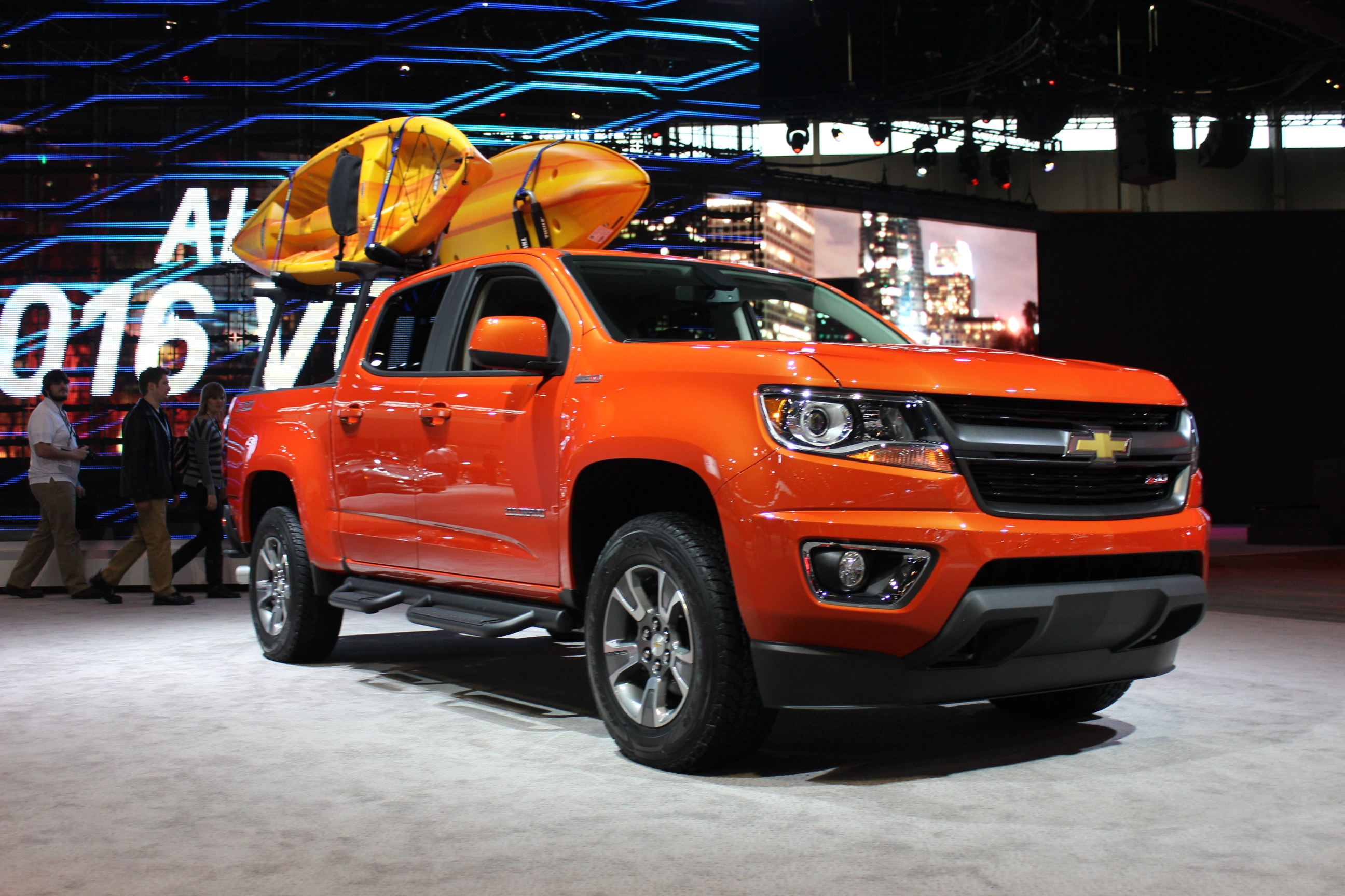 Chevy Volt 2016 Price Smaller Chevy Colorado Pickup A Hit: Plant Adds 3rd Shift ...