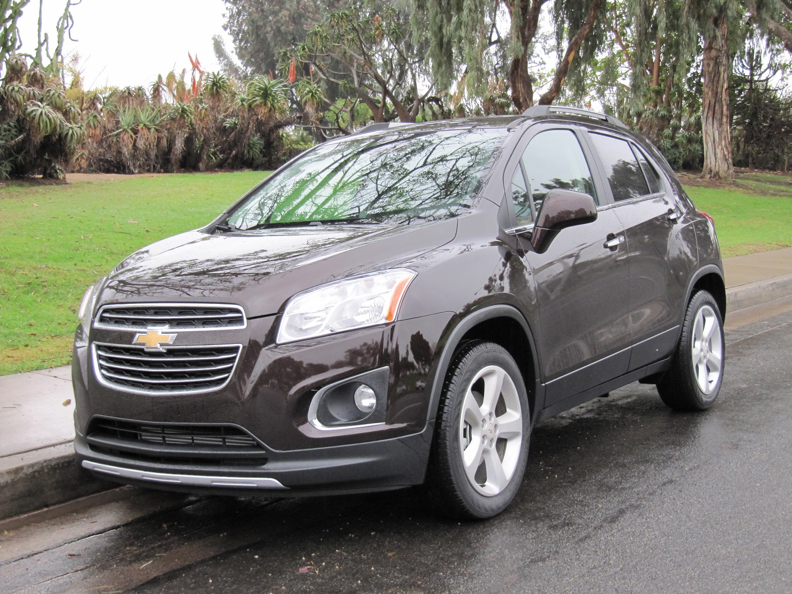 Brown Honda Charlottesville >> 2015 Chevrolet Trax (Chevy) Review, Ratings, Specs, Prices ...