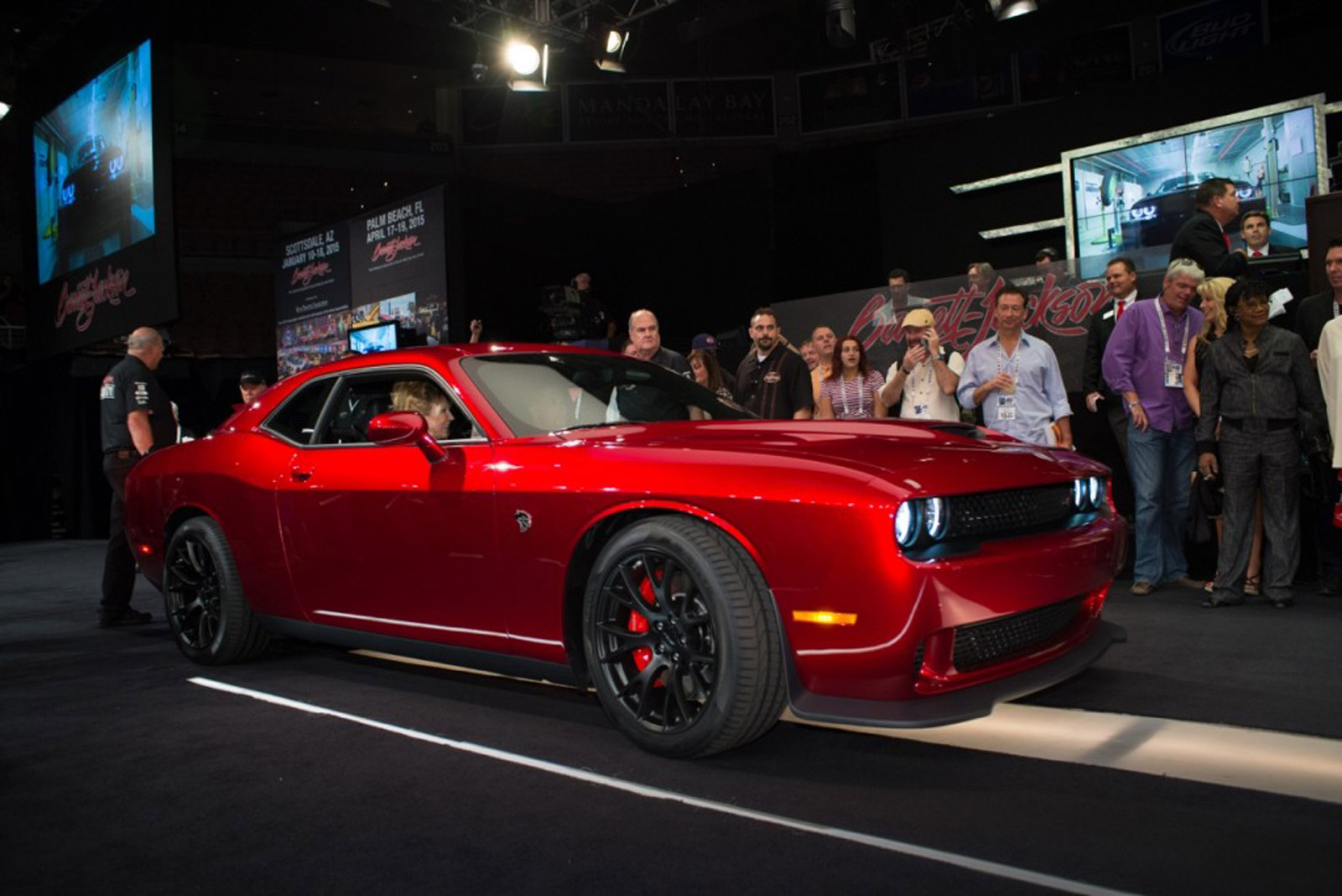 2015 ford mustang tesla vs iowa first challenger srt hellcat what s new the car connection. Black Bedroom Furniture Sets. Home Design Ideas