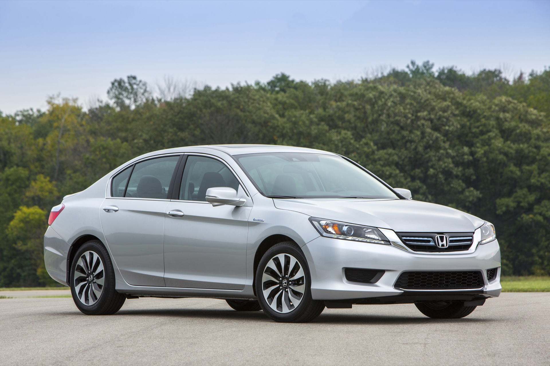 toyota camry vs honda accord compare cars. Black Bedroom Furniture Sets. Home Design Ideas