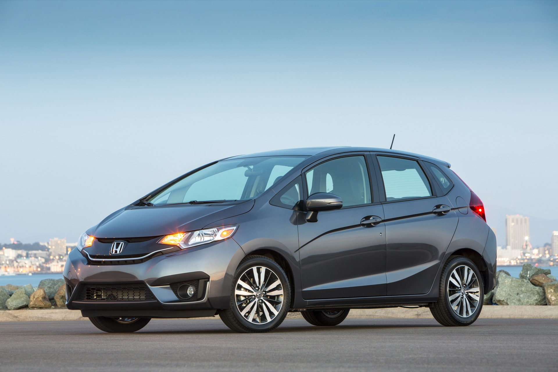 2015 honda fit review ratings specs prices and photos the car connection. Black Bedroom Furniture Sets. Home Design Ideas