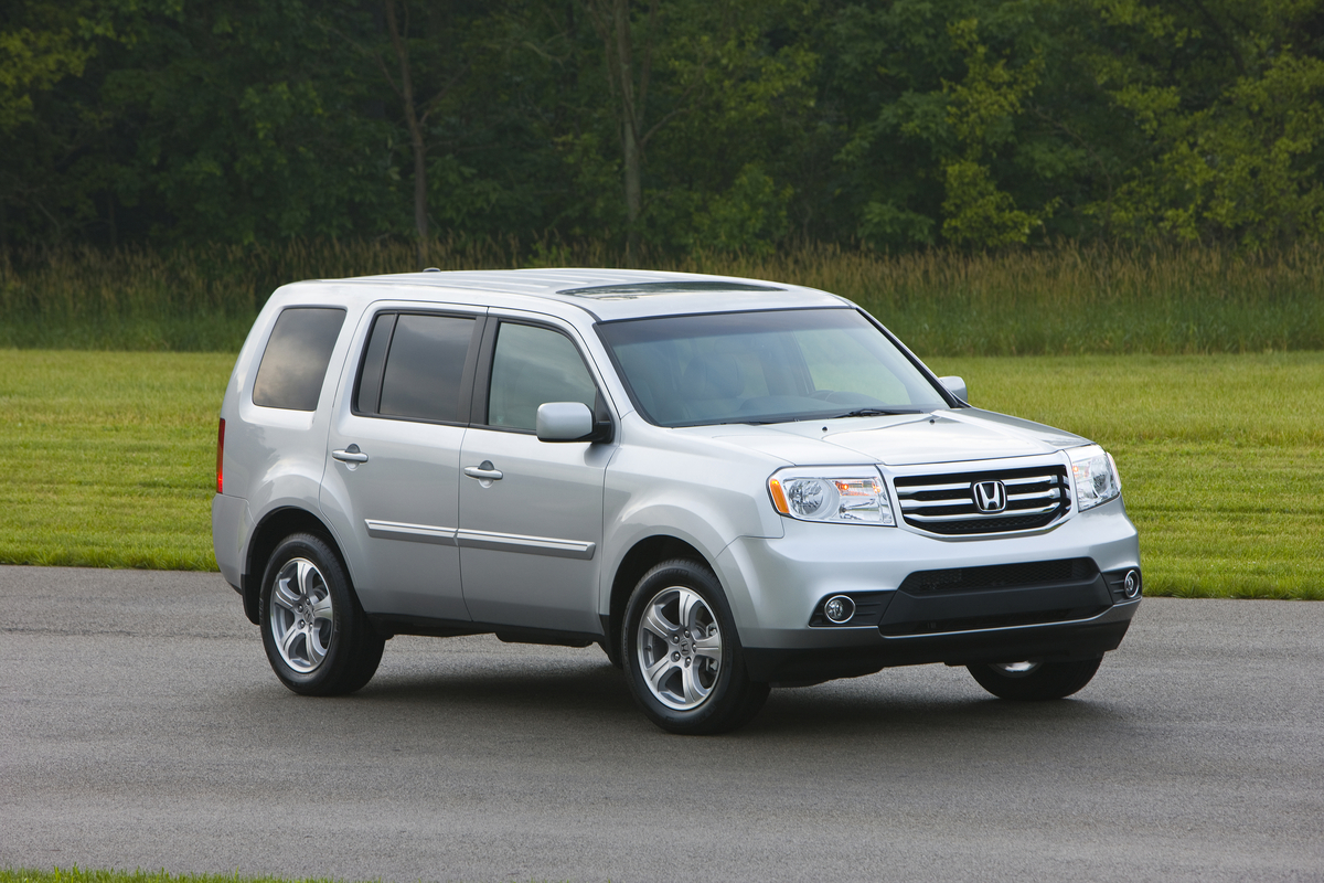 new and used honda pilot prices photos reviews specs the car connection. Black Bedroom Furniture Sets. Home Design Ideas