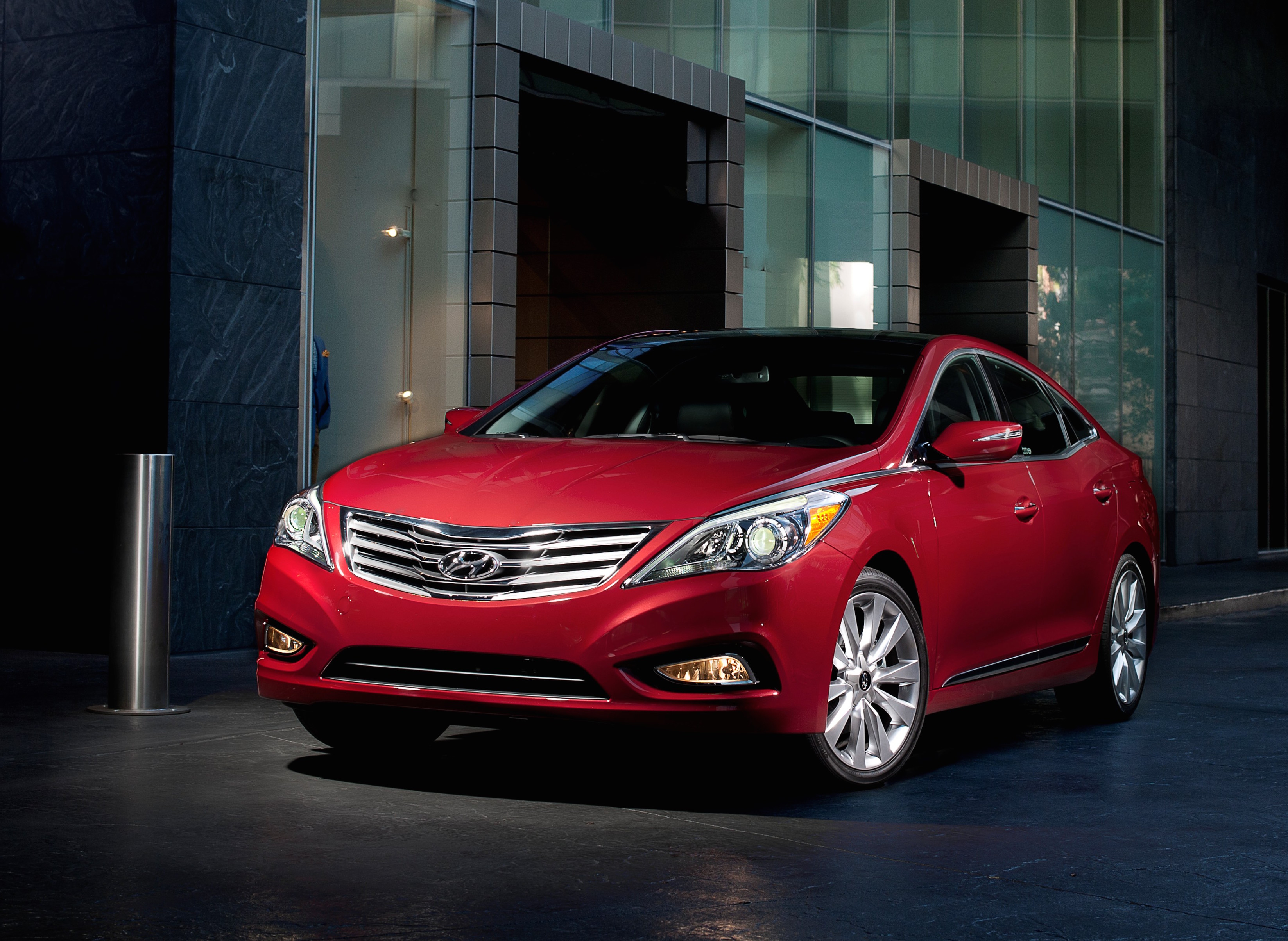 2015 Hyundai Azera Review Ratings Specs Prices and