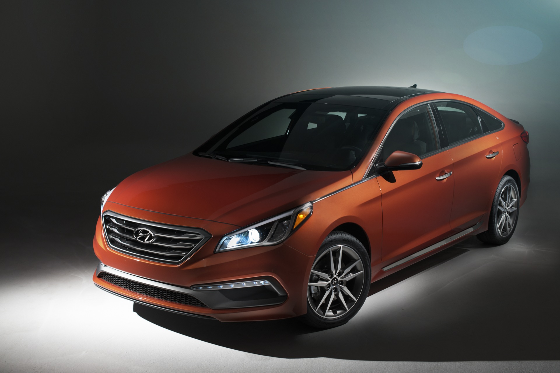 2015 hyundai sonata review ratings specs prices and photos the car connection. Black Bedroom Furniture Sets. Home Design Ideas