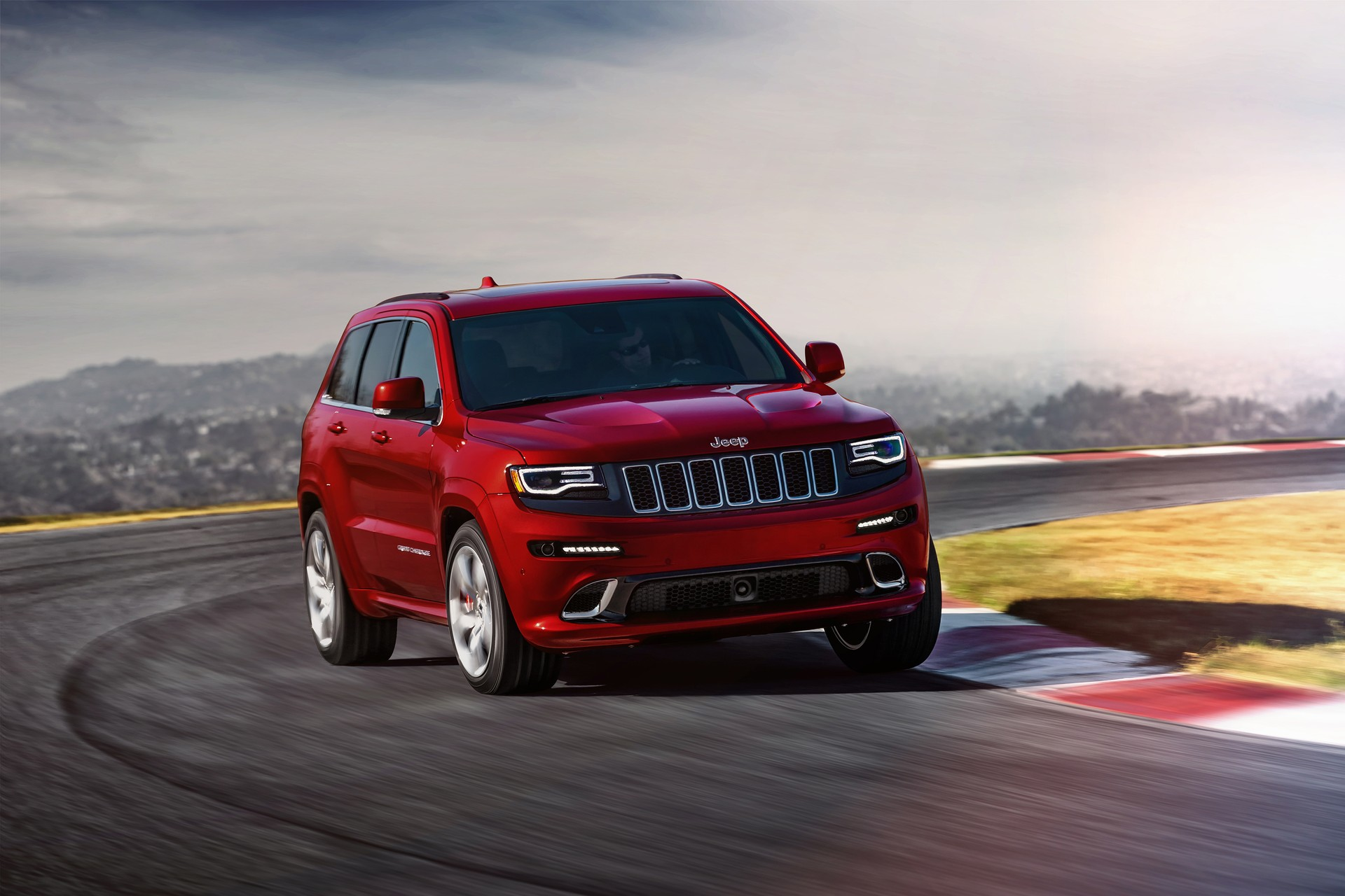 2015 jeep grand cherokee srt gets power boost. Black Bedroom Furniture Sets. Home Design Ideas