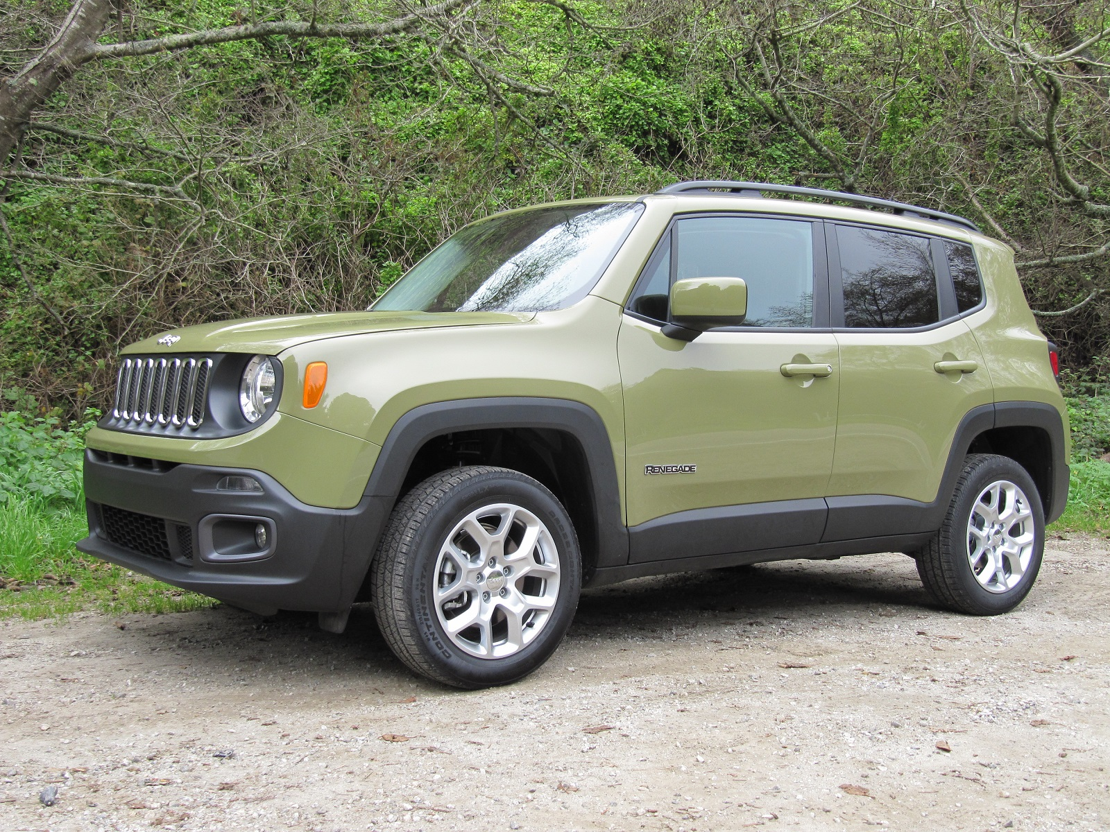 Jeep Renegade Vs Chevrolet Trax Compare Cars