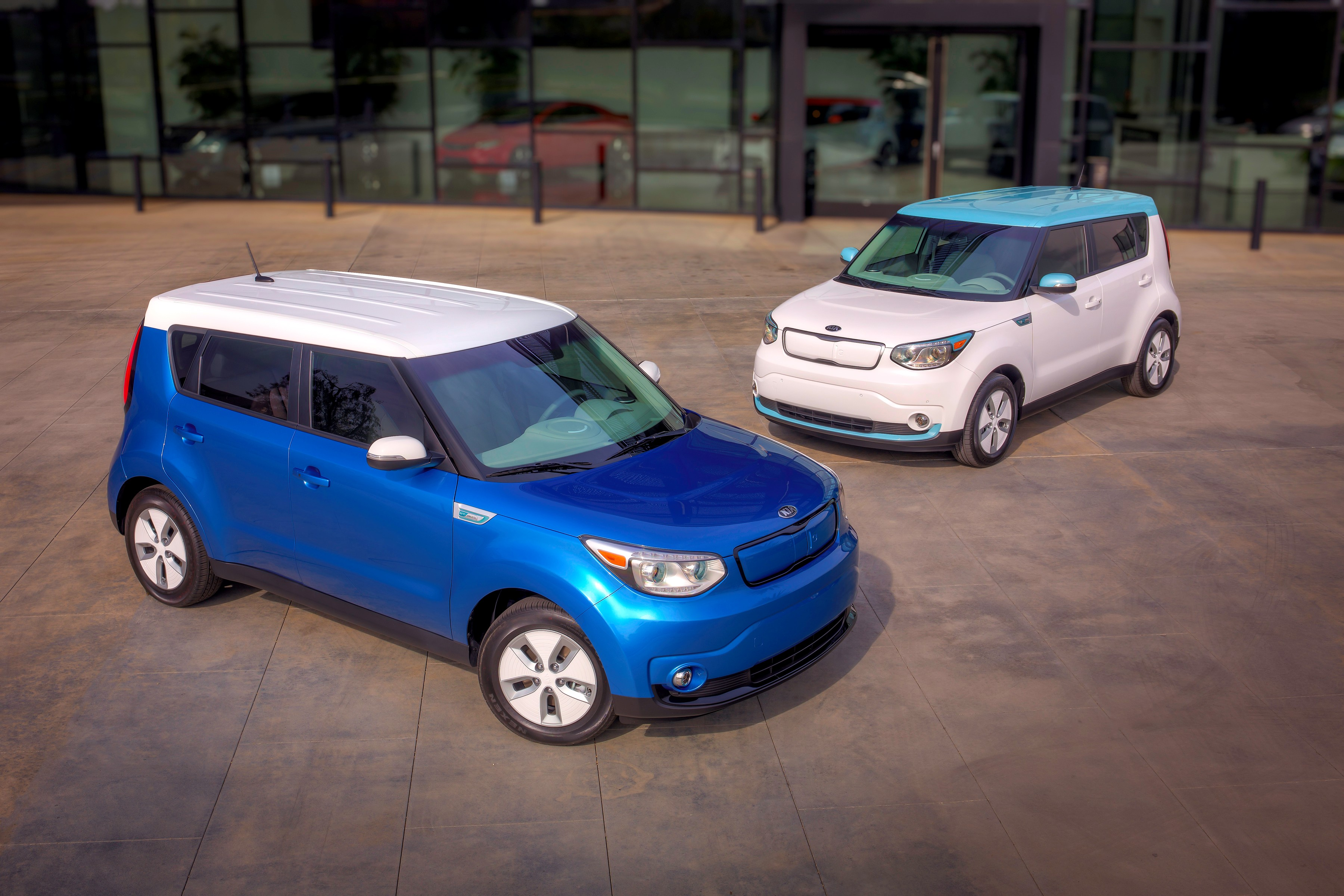 2015 kia soul ev electric car unveiled at chicago auto show. Black Bedroom Furniture Sets. Home Design Ideas