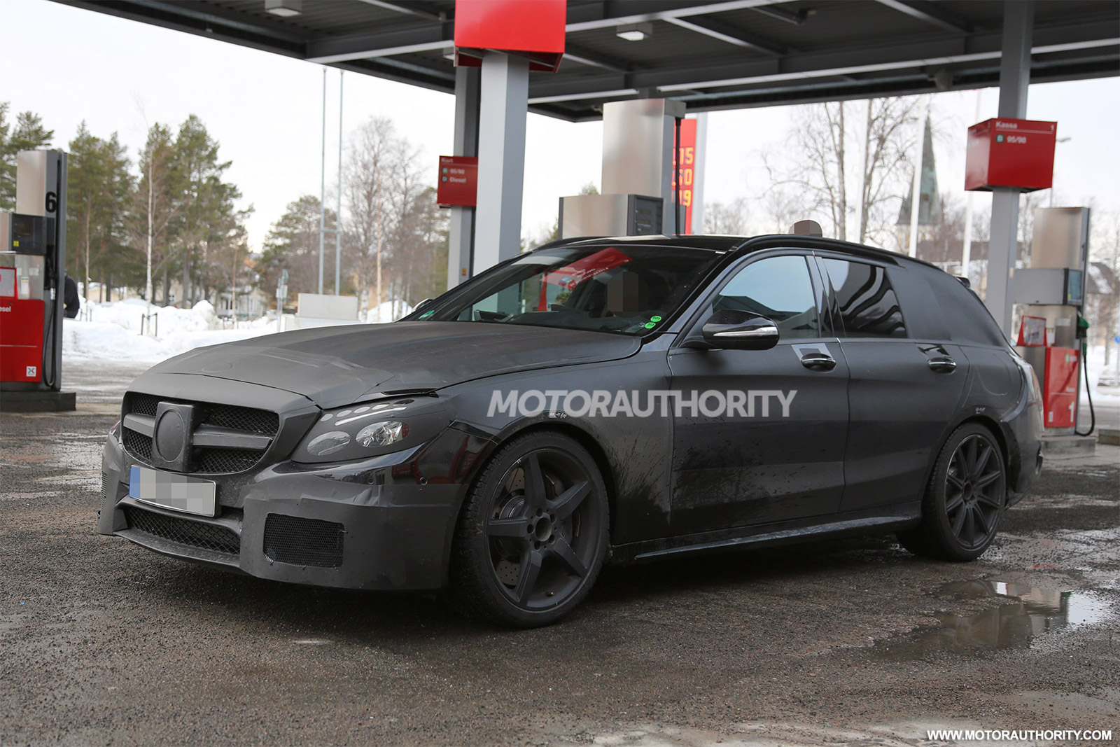 2015 mercedes benz c63 amg wagon spy shots for Mercedes benz c63 amg wagon