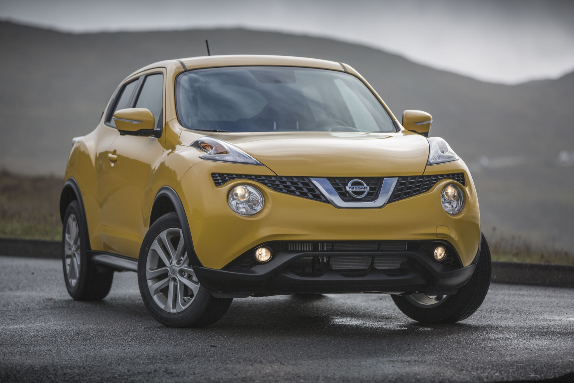new and used nissan juke prices photos reviews specs the car connection. Black Bedroom Furniture Sets. Home Design Ideas