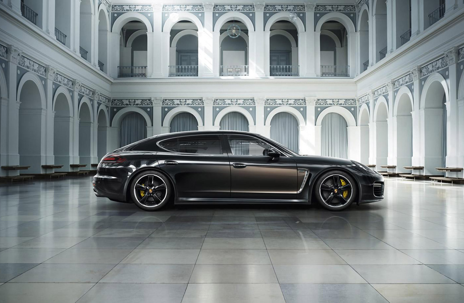 Porsche Panamera Turbo S Executive Gets Exclusive Series