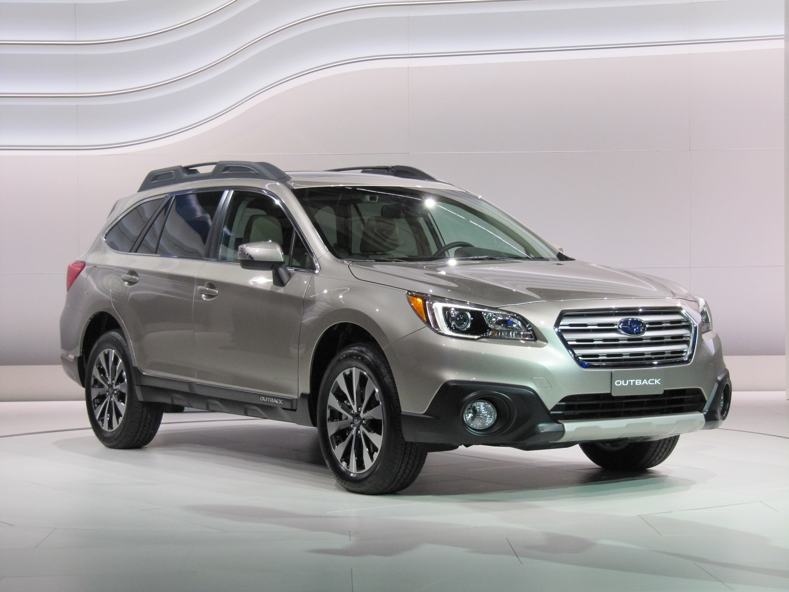 2015 Subaru Outback Introduction At 2014 New York Auto