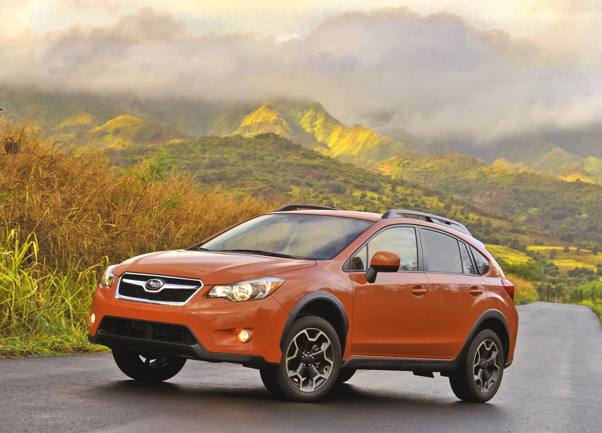 new and used subaru xv crosstrek prices photos reviews specs the car connection. Black Bedroom Furniture Sets. Home Design Ideas