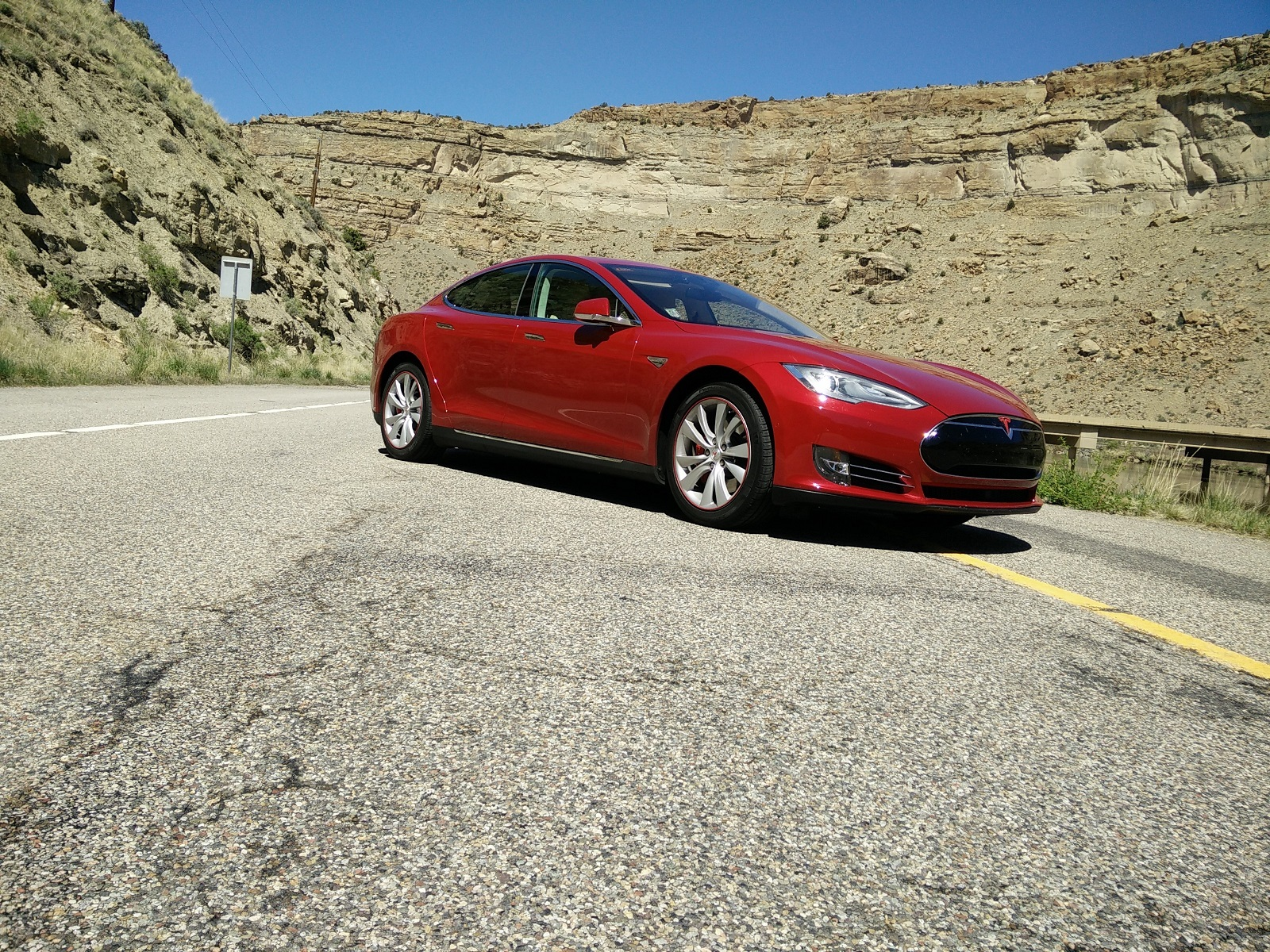tesla model s too many problems to recommend consumer reports says. Black Bedroom Furniture Sets. Home Design Ideas