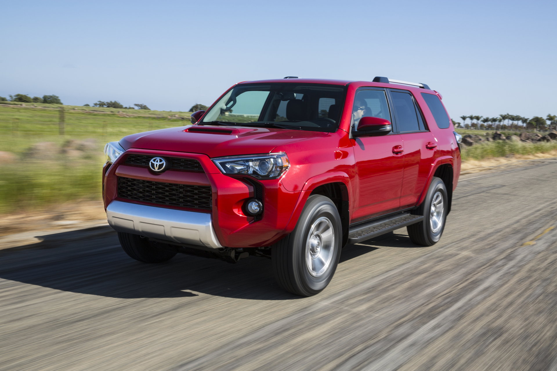 2015 toyota 4runner review ratings specs prices and photos the car connection. Black Bedroom Furniture Sets. Home Design Ideas