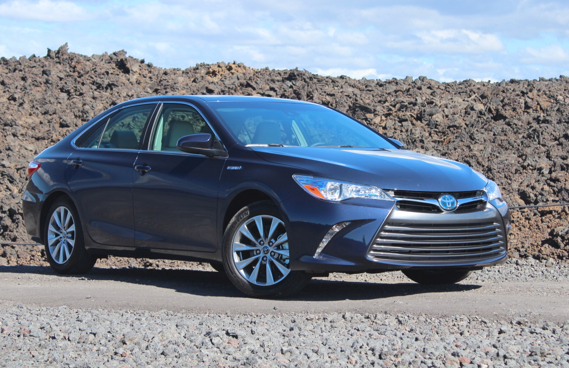 2015 toyota camry review ratings specs prices and photos the car. Black Bedroom Furniture Sets. Home Design Ideas