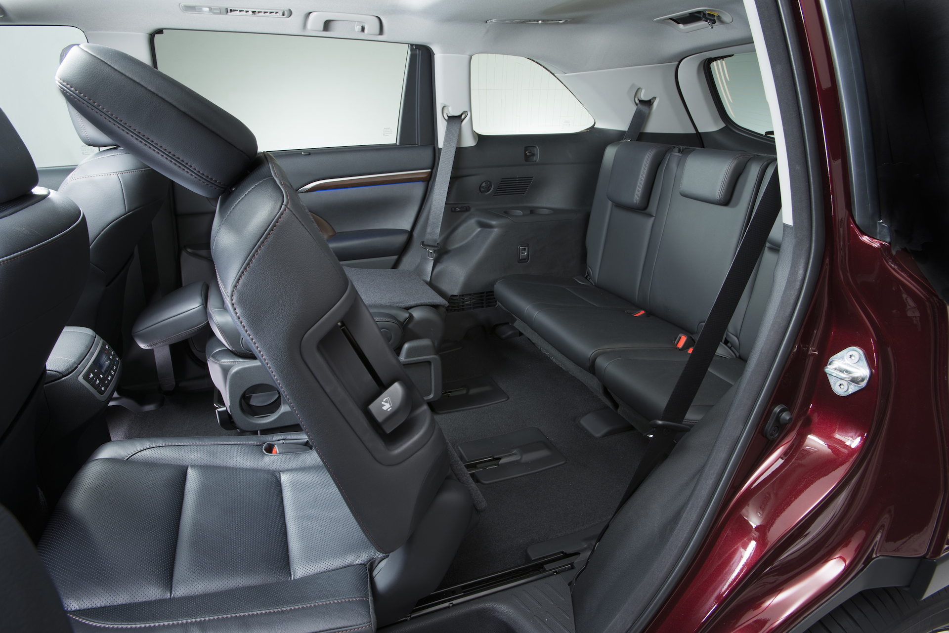 Subaru Colorado Springs >> Five Most Fuel-Efficient Vehicles With Third-Row Seating ...