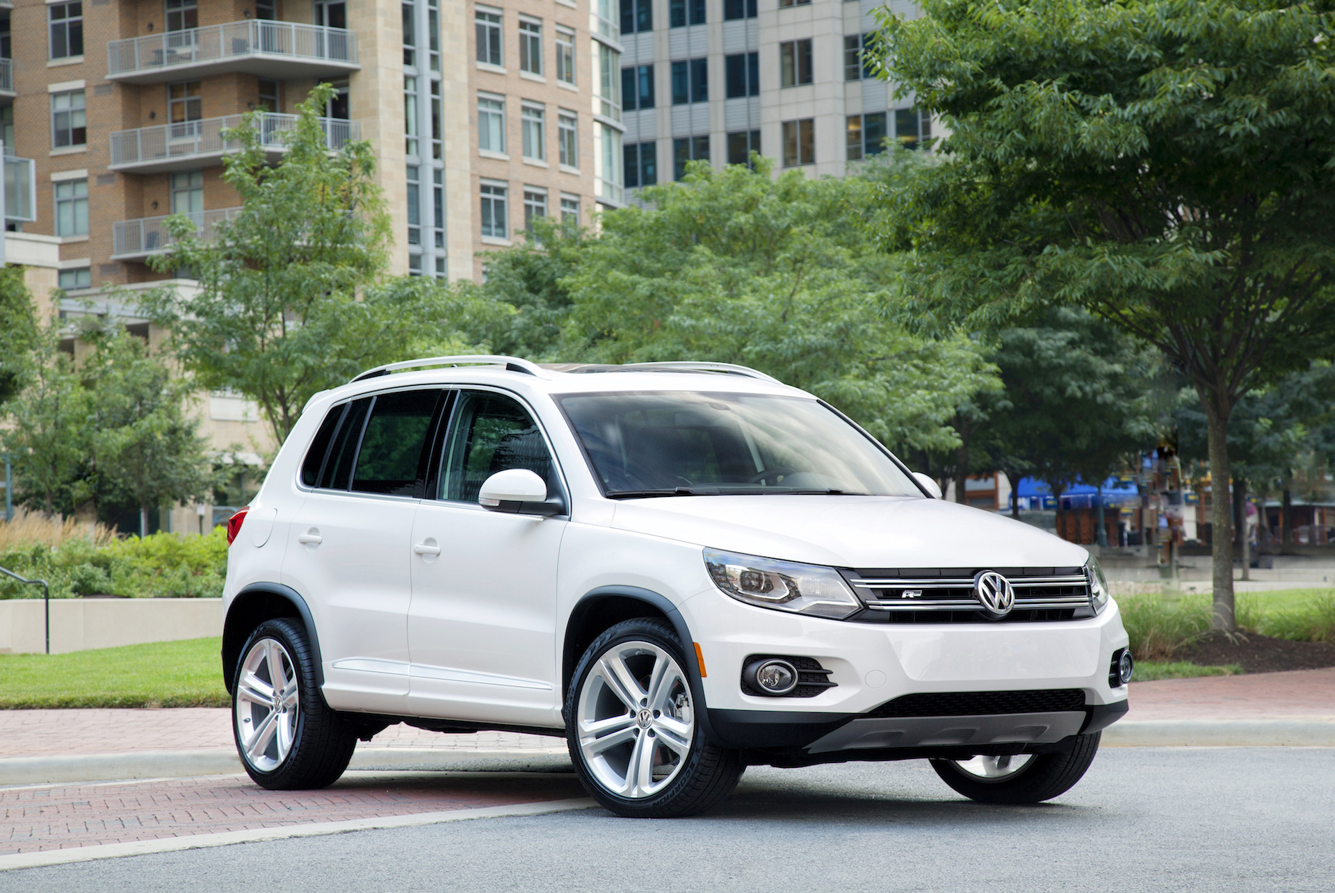 Land Rover Dallas >> 2015 Volkswagen Tiguan (VW) Review, Ratings, Specs, Prices, and Photos - The Car Connection