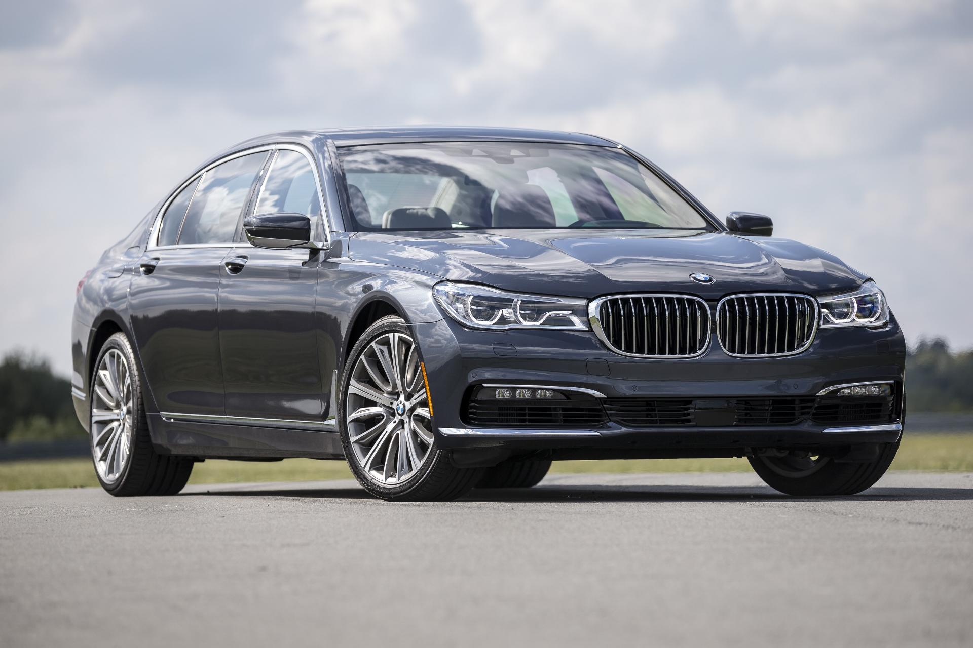 2016 bmw 7 series first drive. Black Bedroom Furniture Sets. Home Design Ideas