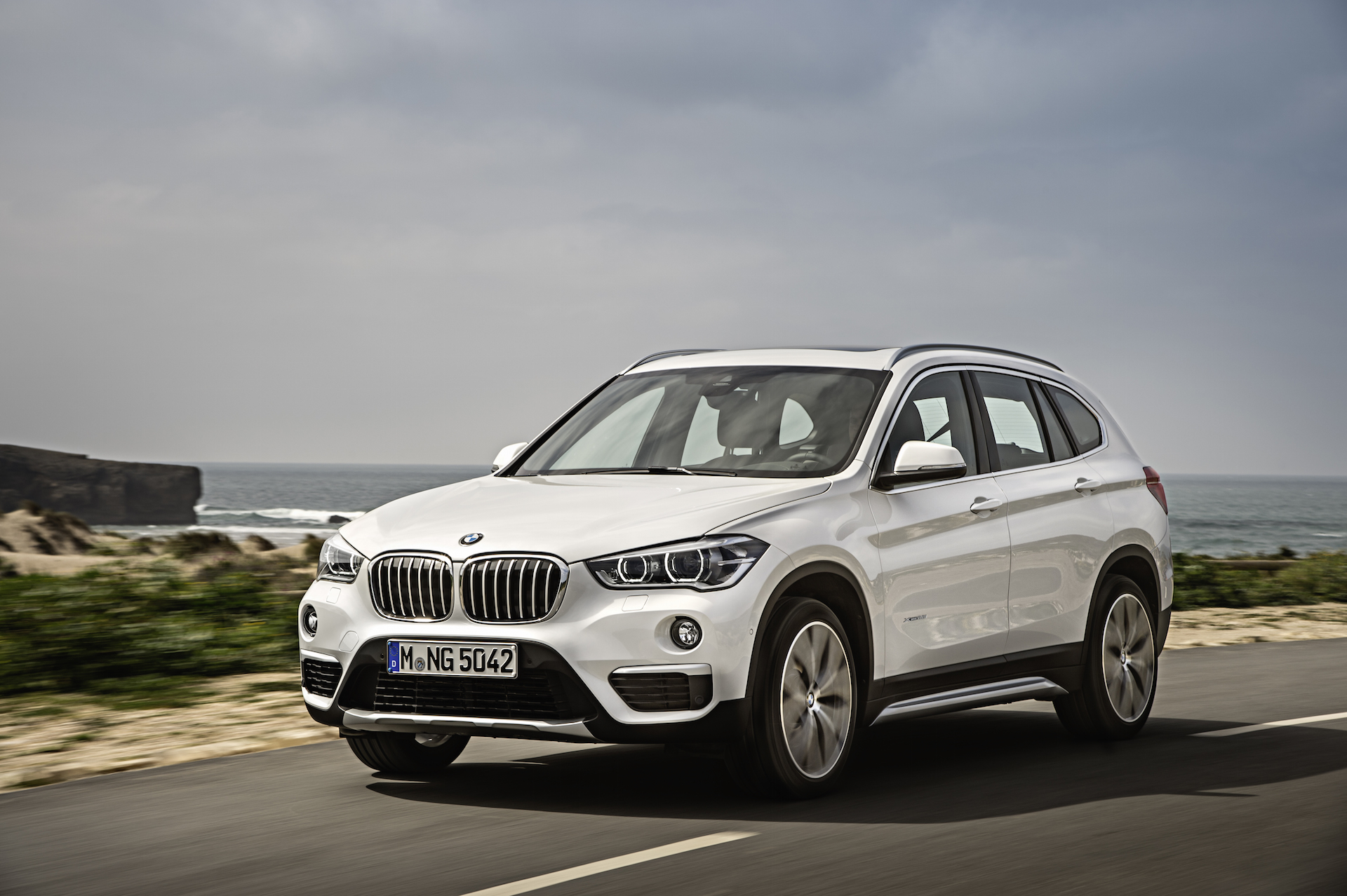 2016 bmw x1 preview. Black Bedroom Furniture Sets. Home Design Ideas