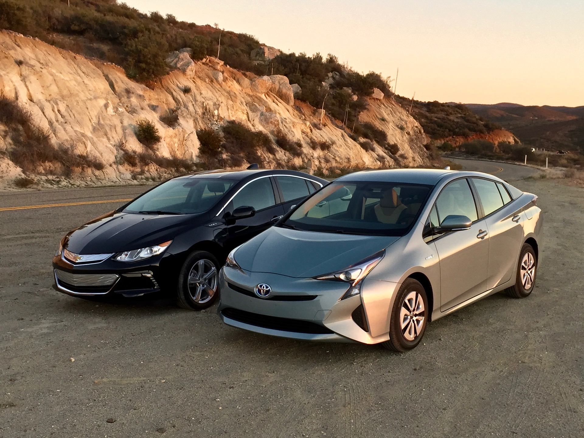 prius vs volt video tesla reliability mercedes on electric cars the week in reverse video. Black Bedroom Furniture Sets. Home Design Ideas