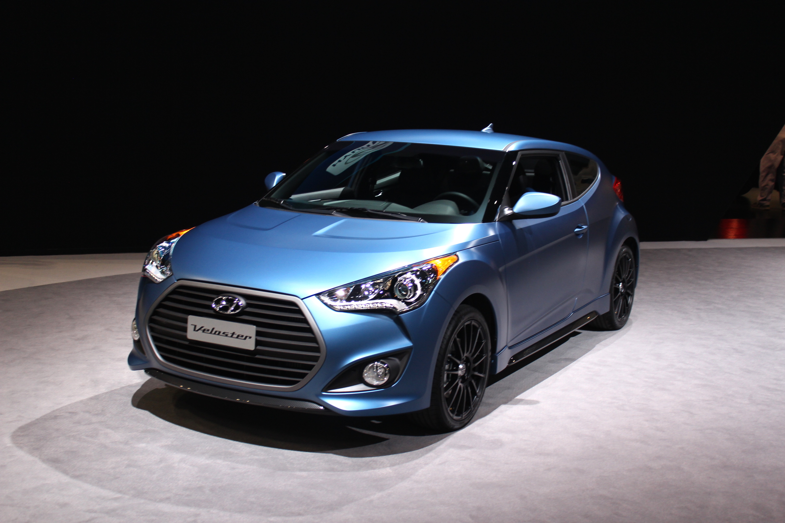 2016 hyundai veloster review ratings specs prices and photos the car connection. Black Bedroom Furniture Sets. Home Design Ideas