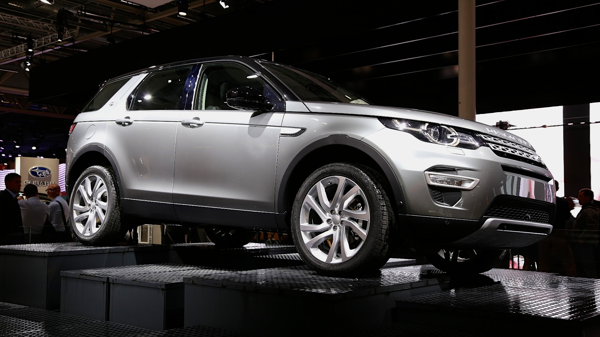 2016 land rover discovery sport review ratings specs prices and photos the car connection. Black Bedroom Furniture Sets. Home Design Ideas