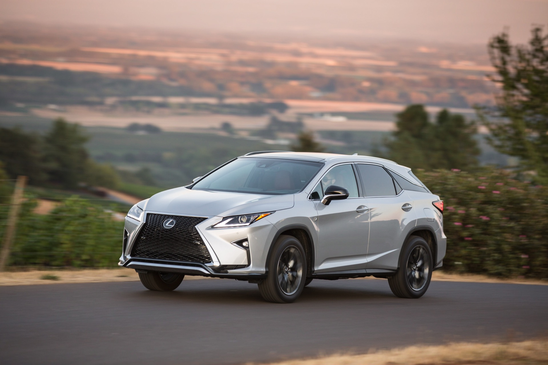 2016 lexus rx 350 performance review the car connection. Black Bedroom Furniture Sets. Home Design Ideas