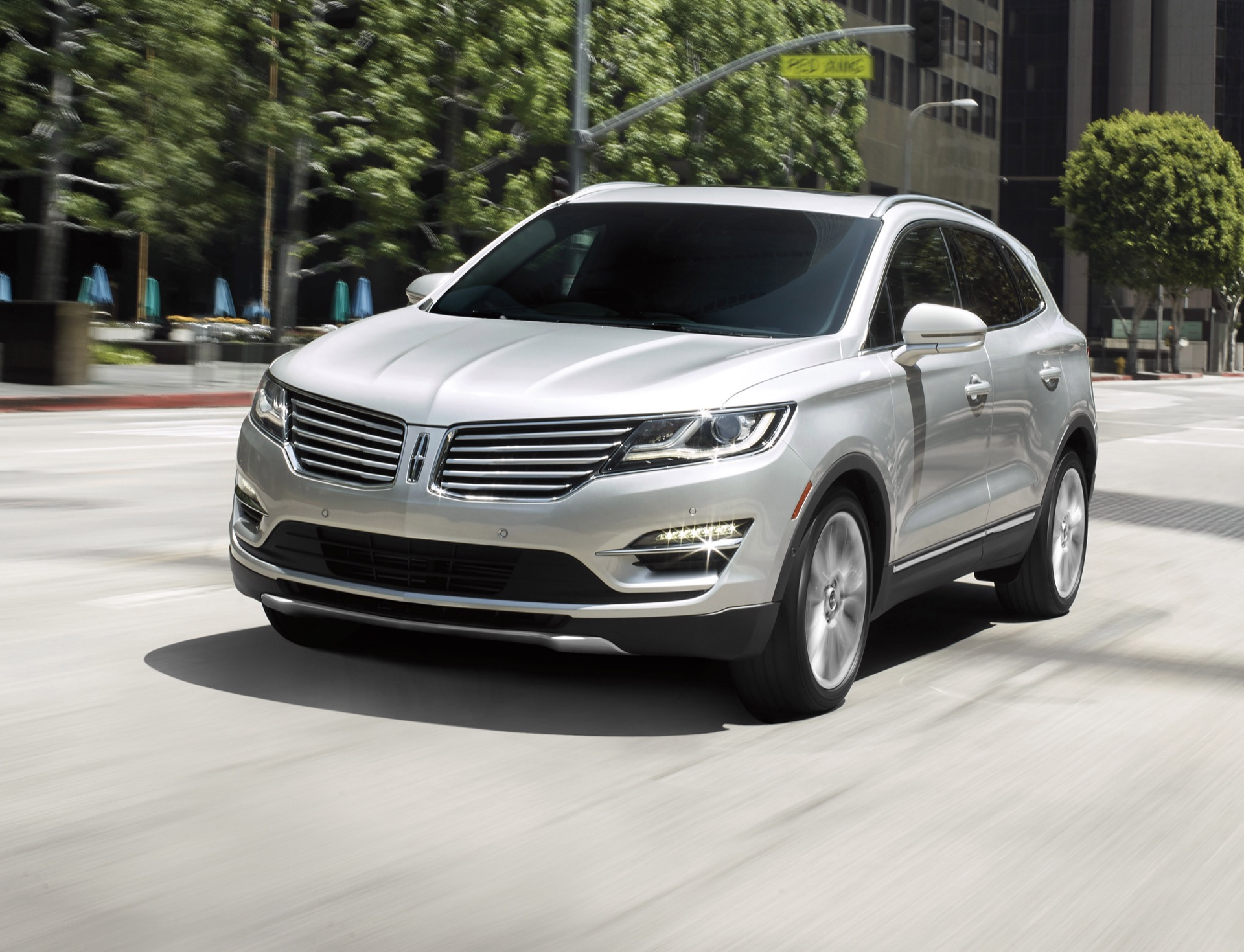 Bmw Of Fresno >> 2016 Lincoln MKC Review, Ratings, Specs, Prices, and Photos - The Car Connection