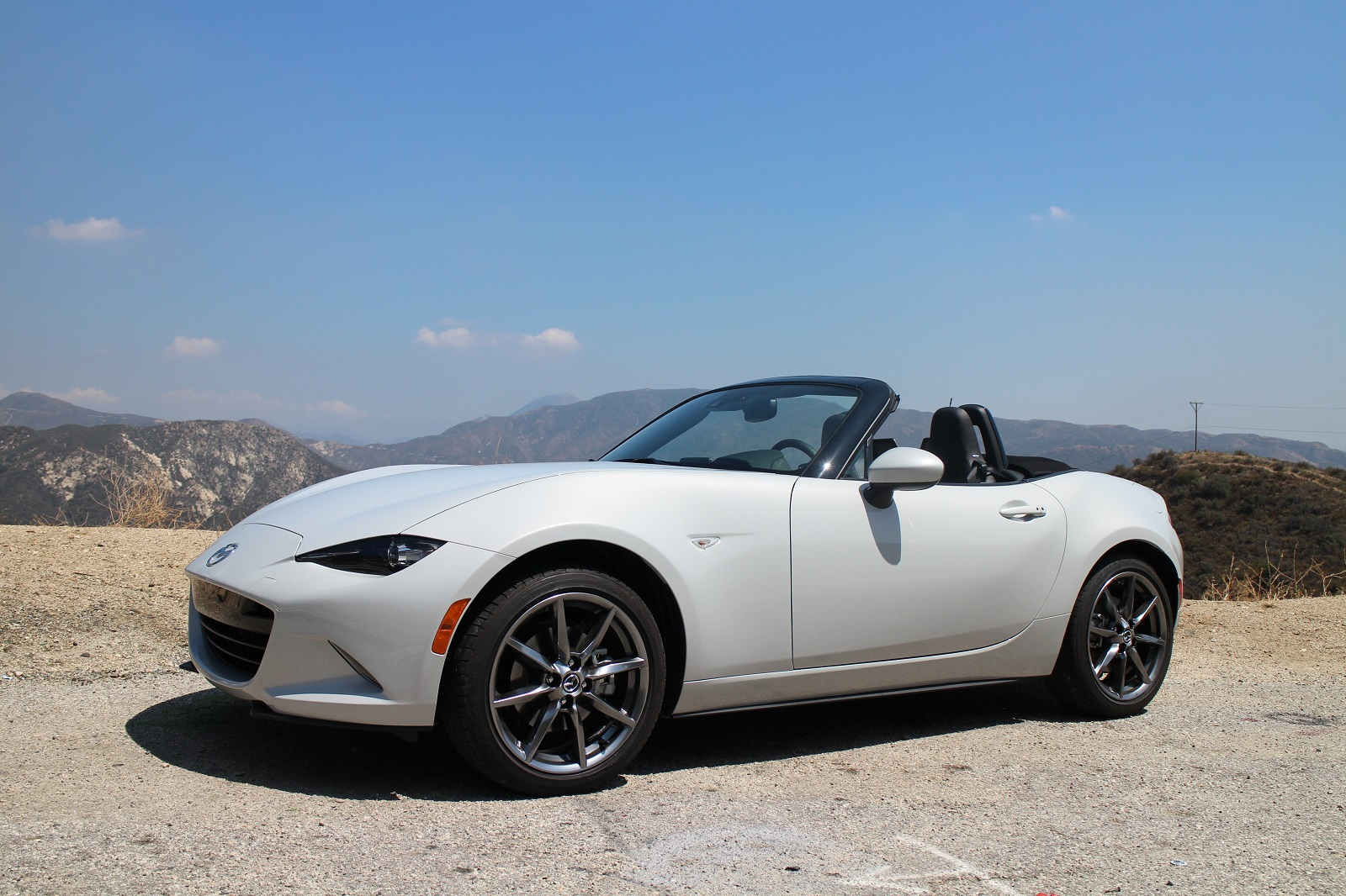 2016 mazda mx 5 miata the greenest new sports car you can buy. Black Bedroom Furniture Sets. Home Design Ideas