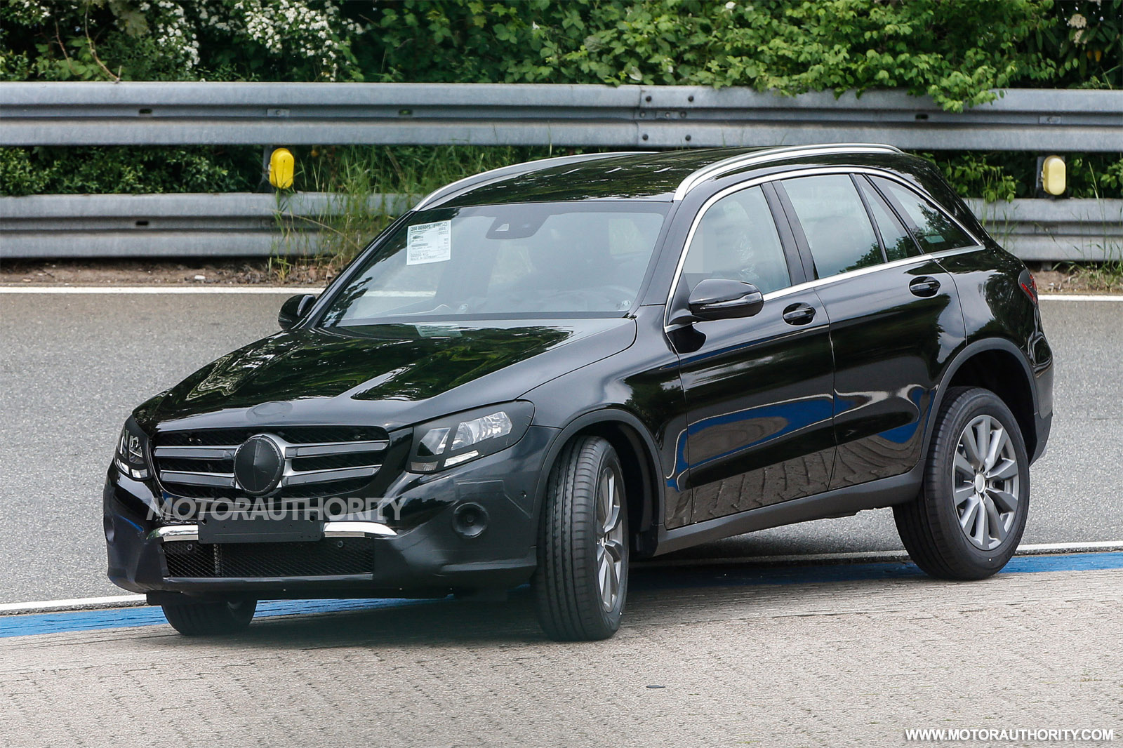 2016 mercedes benz glc glk class spy shots image via s for Mercedes benz driving school los angeles