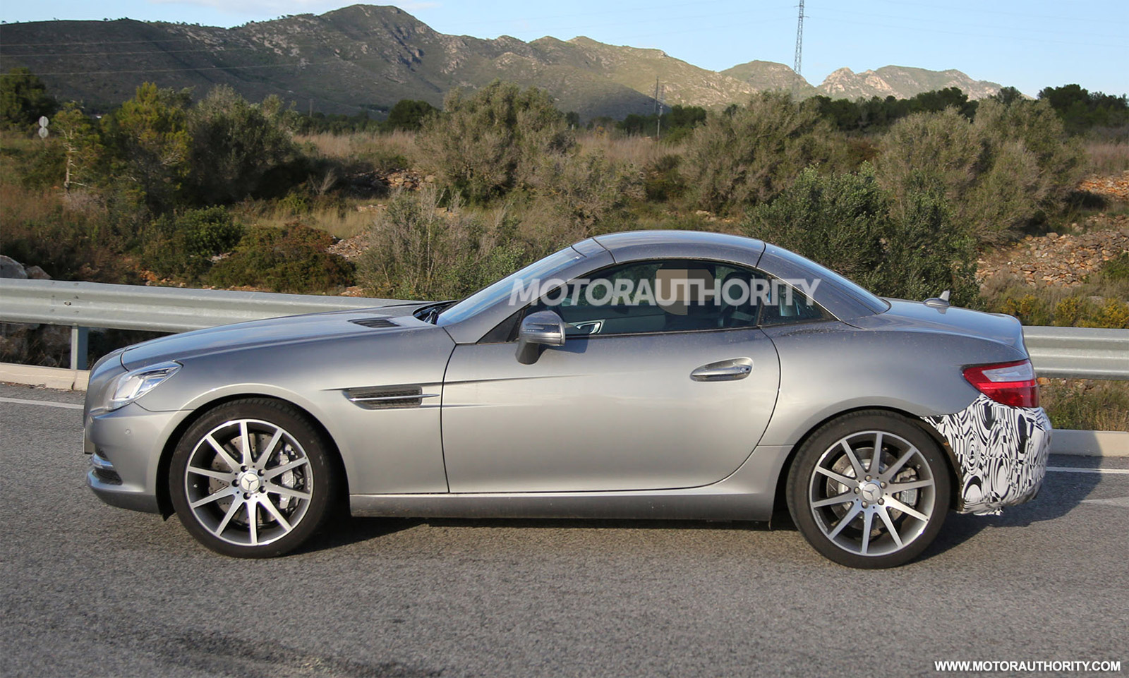 2016 mercedes benz slc spy shots. Black Bedroom Furniture Sets. Home Design Ideas