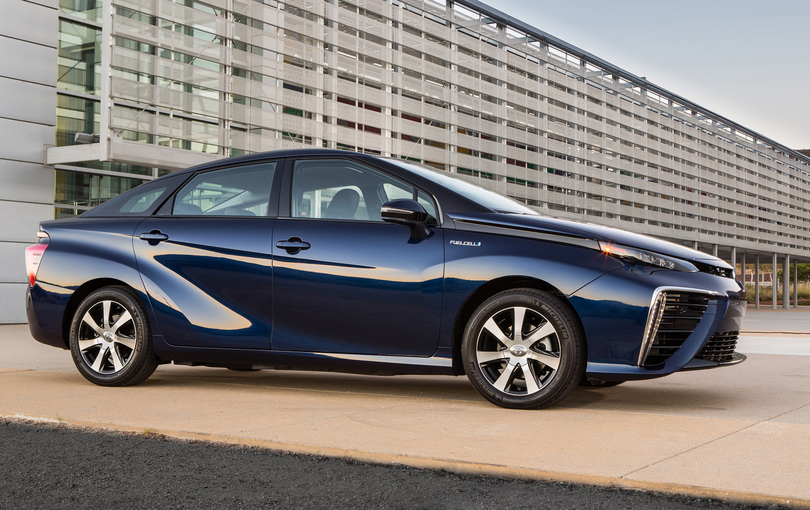2016 Toyota Mirai Priced At $57,500, With $499 Monthly Lease