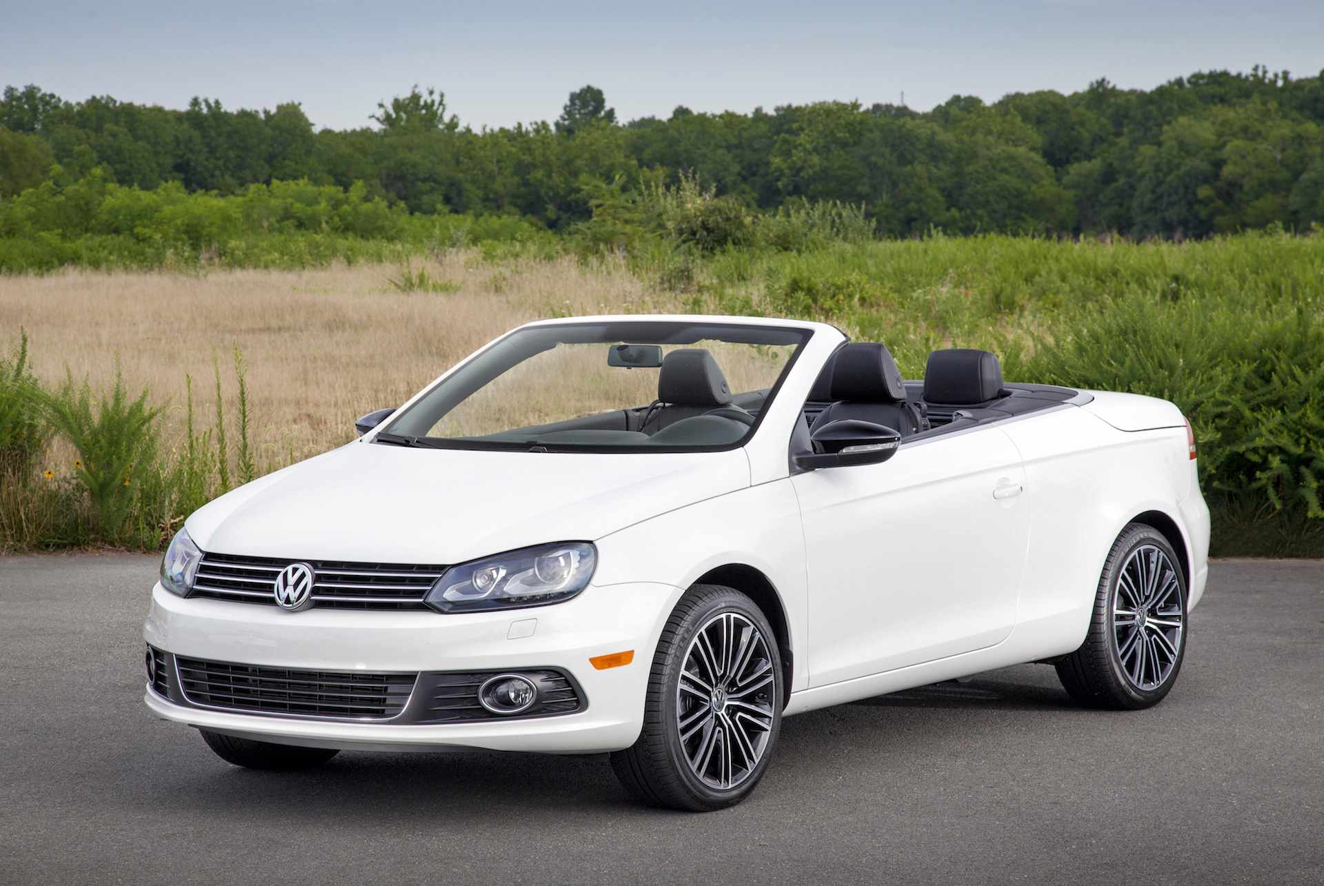 2016 volkswagen eos vw review ratings specs prices and photos the car connection. Black Bedroom Furniture Sets. Home Design Ideas
