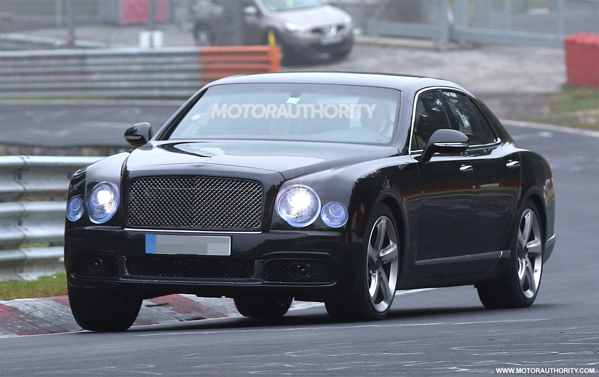 2017-bentley-mulsanne-facelift-spy-shots--image-via-s-baldauf-sb ...