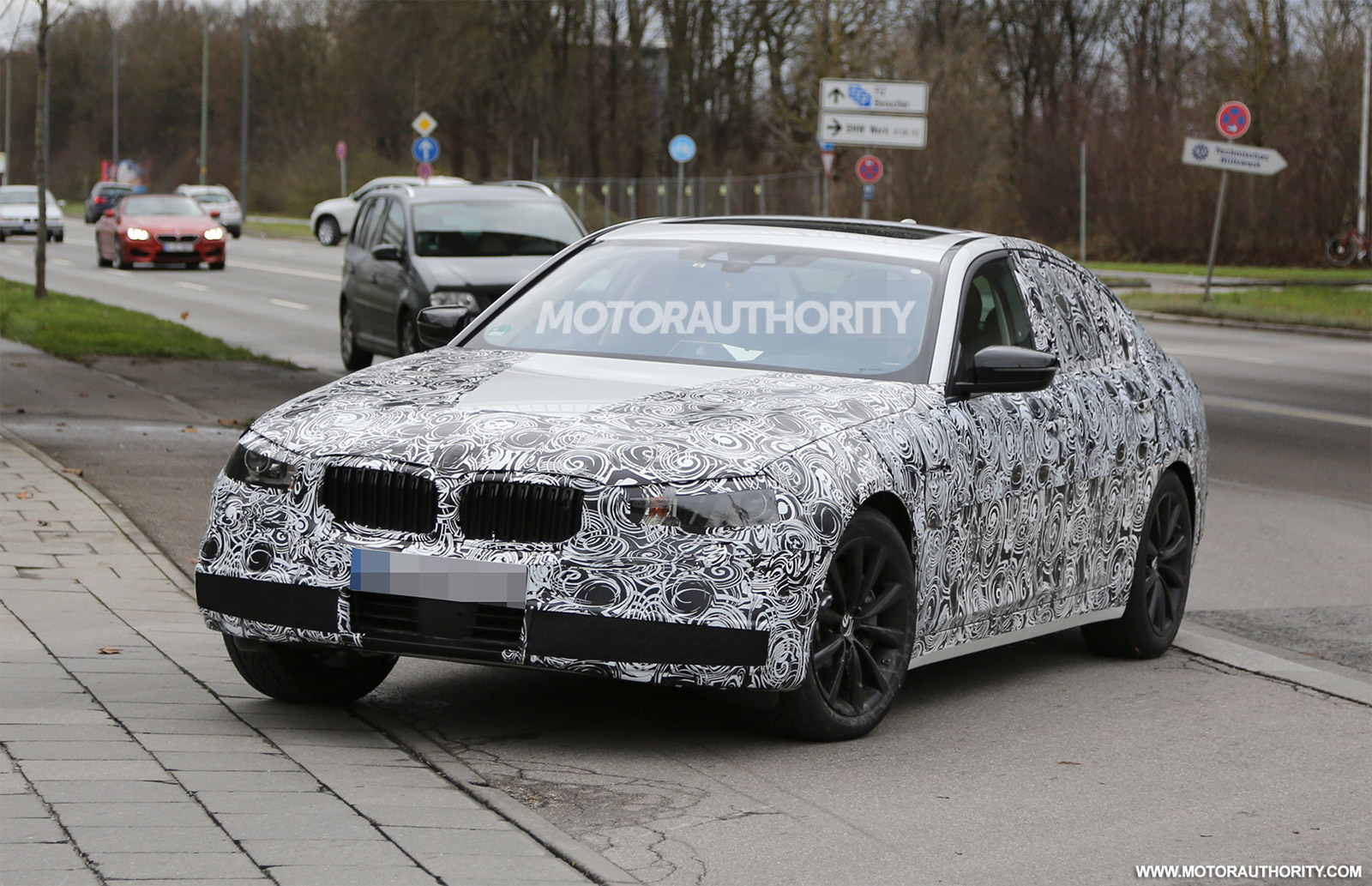 2016 - [BMW] Série 5 Berline & Touring [G30/G31] - Page 6 2017-bmw-5-series-spy-shots_100494206_h