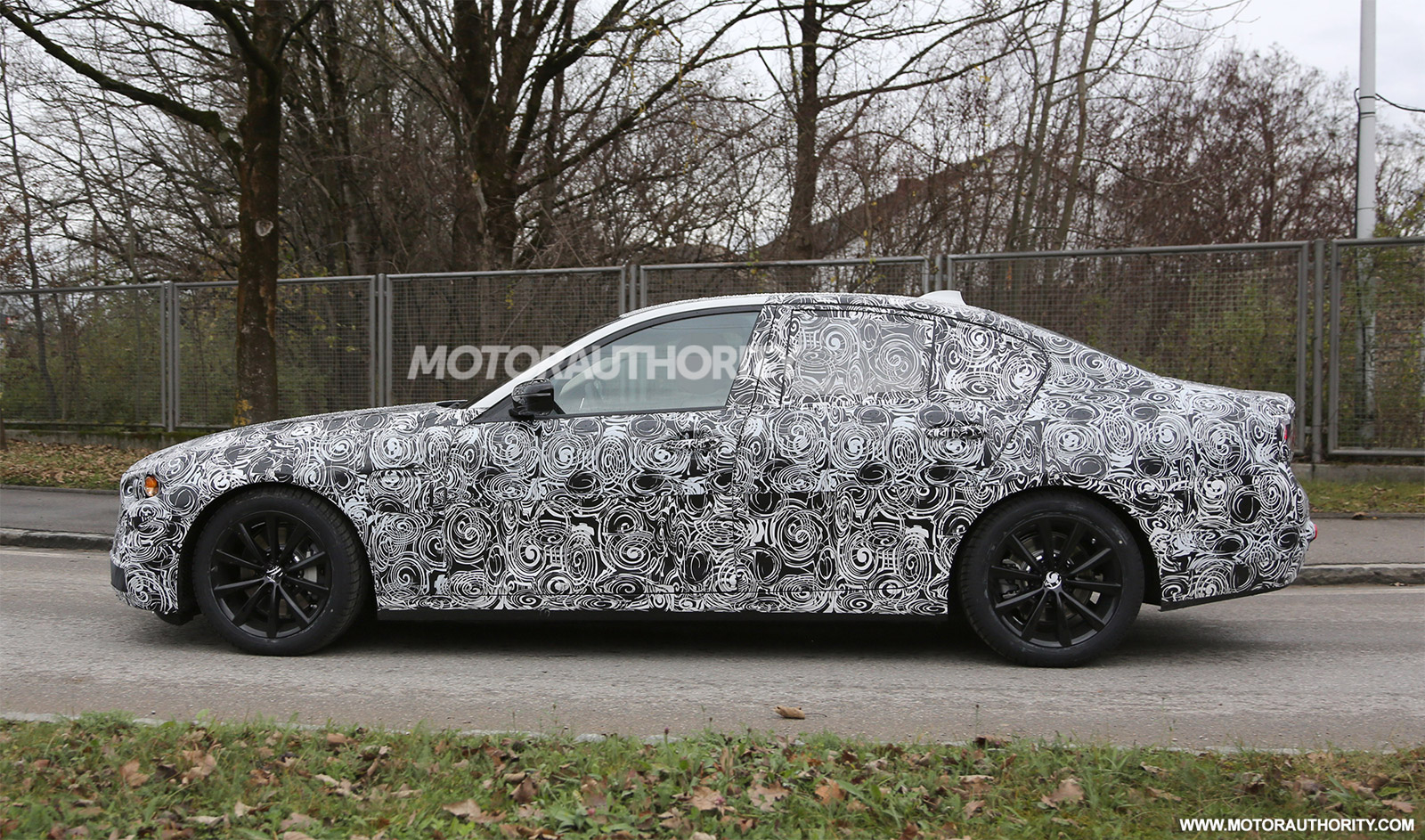 2016 - [BMW] Série 5 Berline & Touring [G30/G31] - Page 6 2017-bmw-5-series-spy-shots_100494214_h