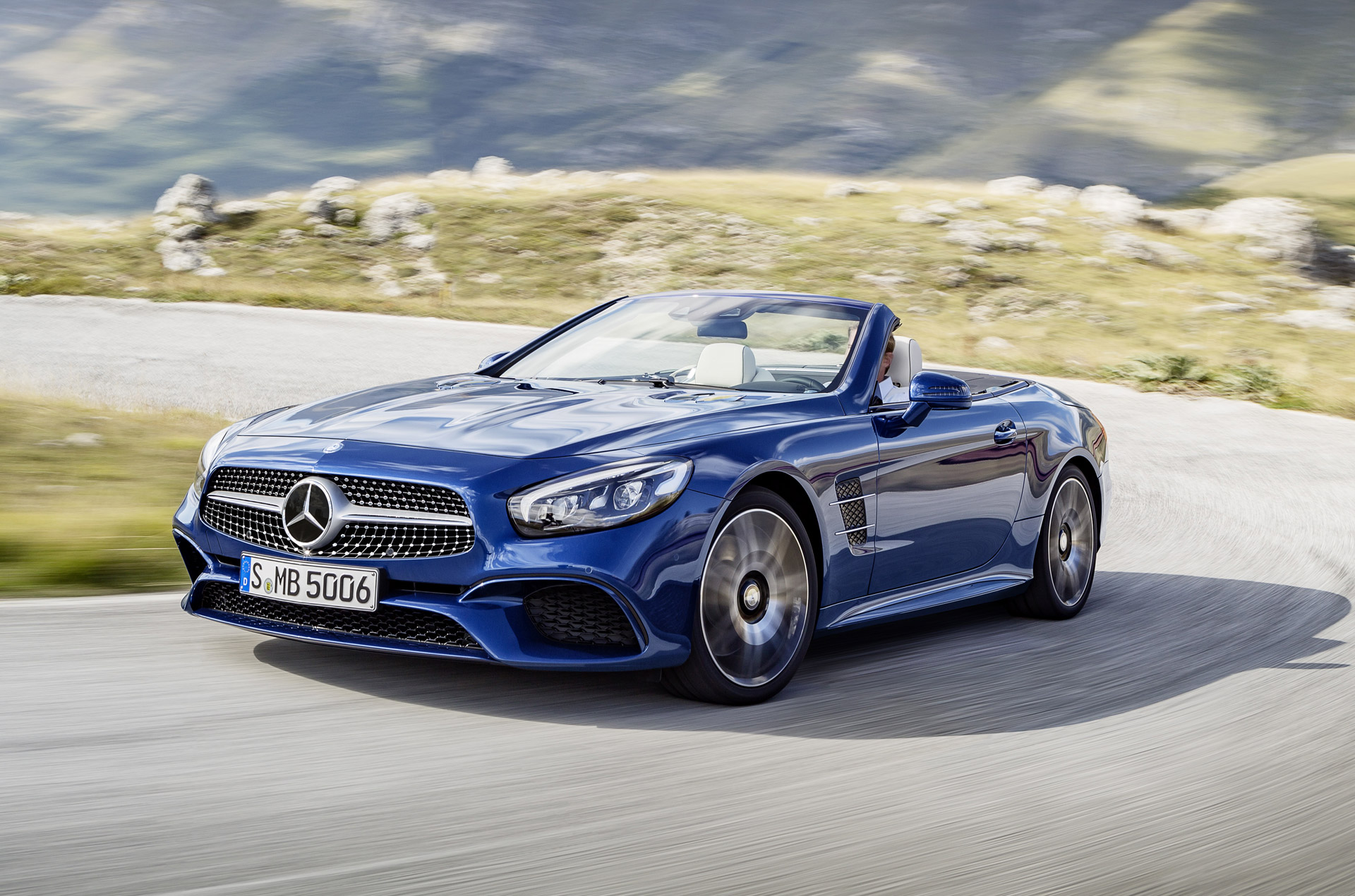 2017 Mercedes Benz Sl Class Review Ratings Specs Prices