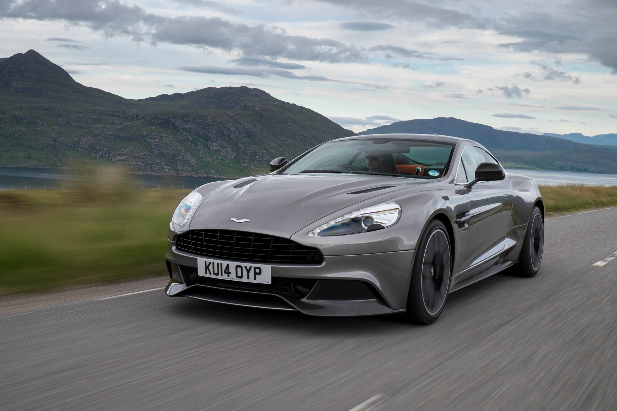 2015 Aston Martin Vanquish Review, Ratings, Specs, Prices ...