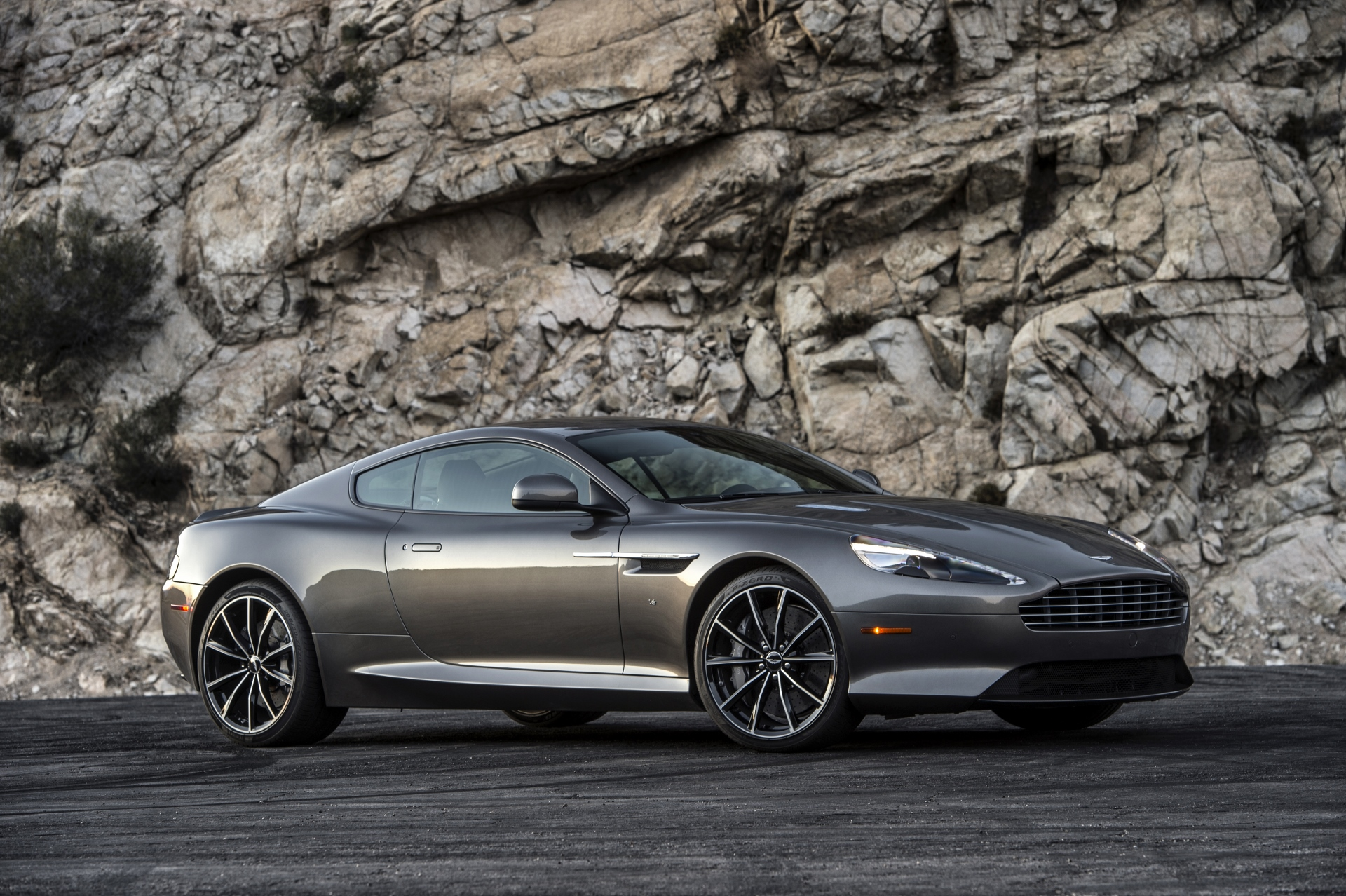 2016 aston martin db9 review ratings specs prices and. Black Bedroom Furniture Sets. Home Design Ideas
