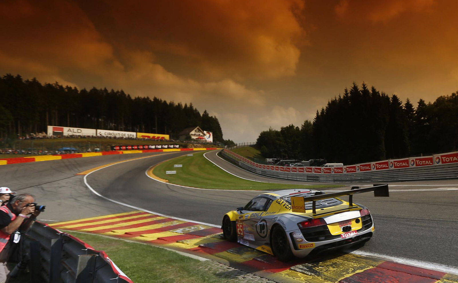 Belgian audi club team wrt r8 lms ultra wins 2014 spa 24 hours for 24 hour salon new york