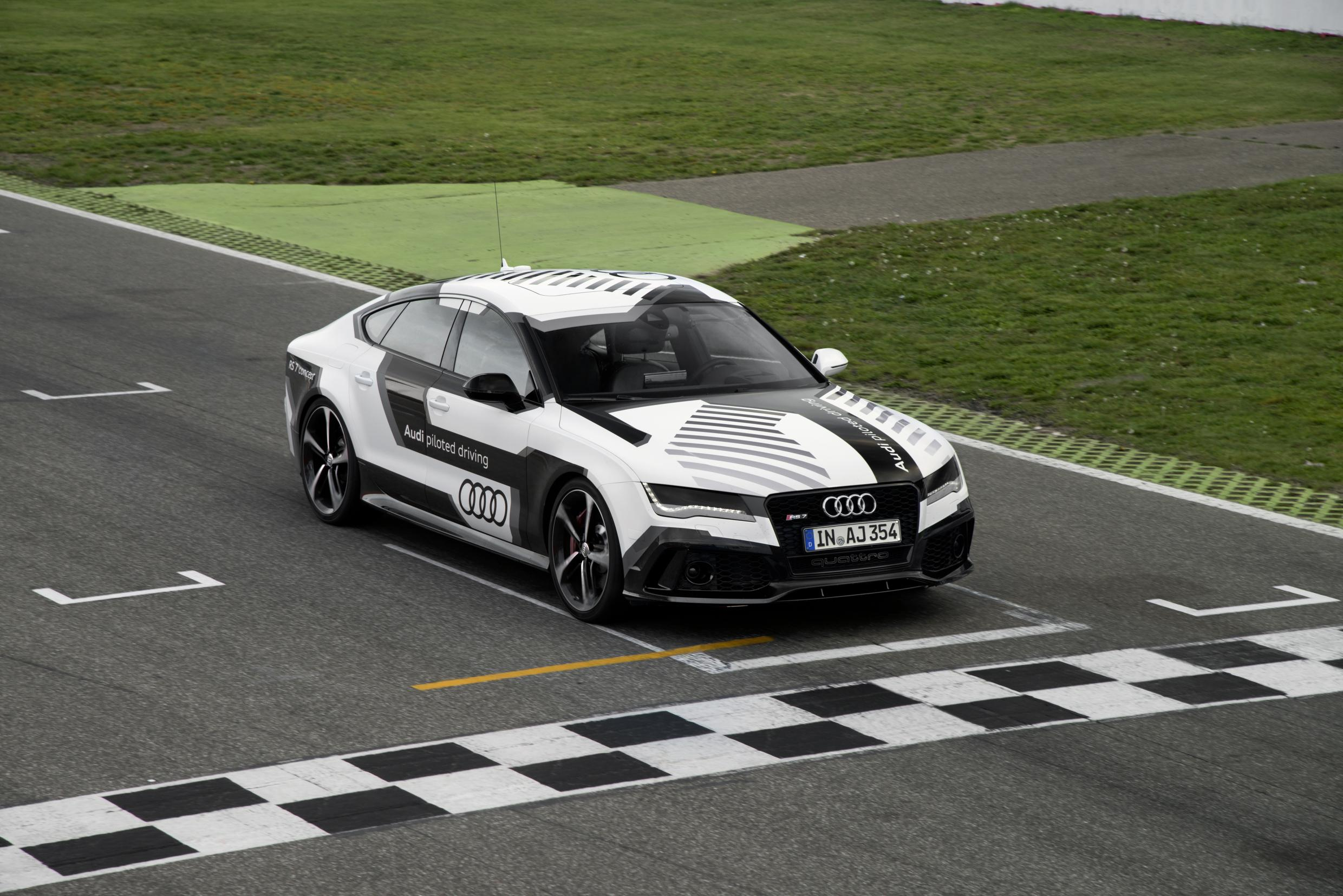 Audis Autonomous RS Car Breaks Selfdriving Car Record - Audi self driving car
