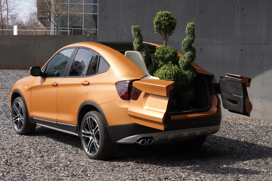 Students Show Off BMW Deep Orange Pickup Concept