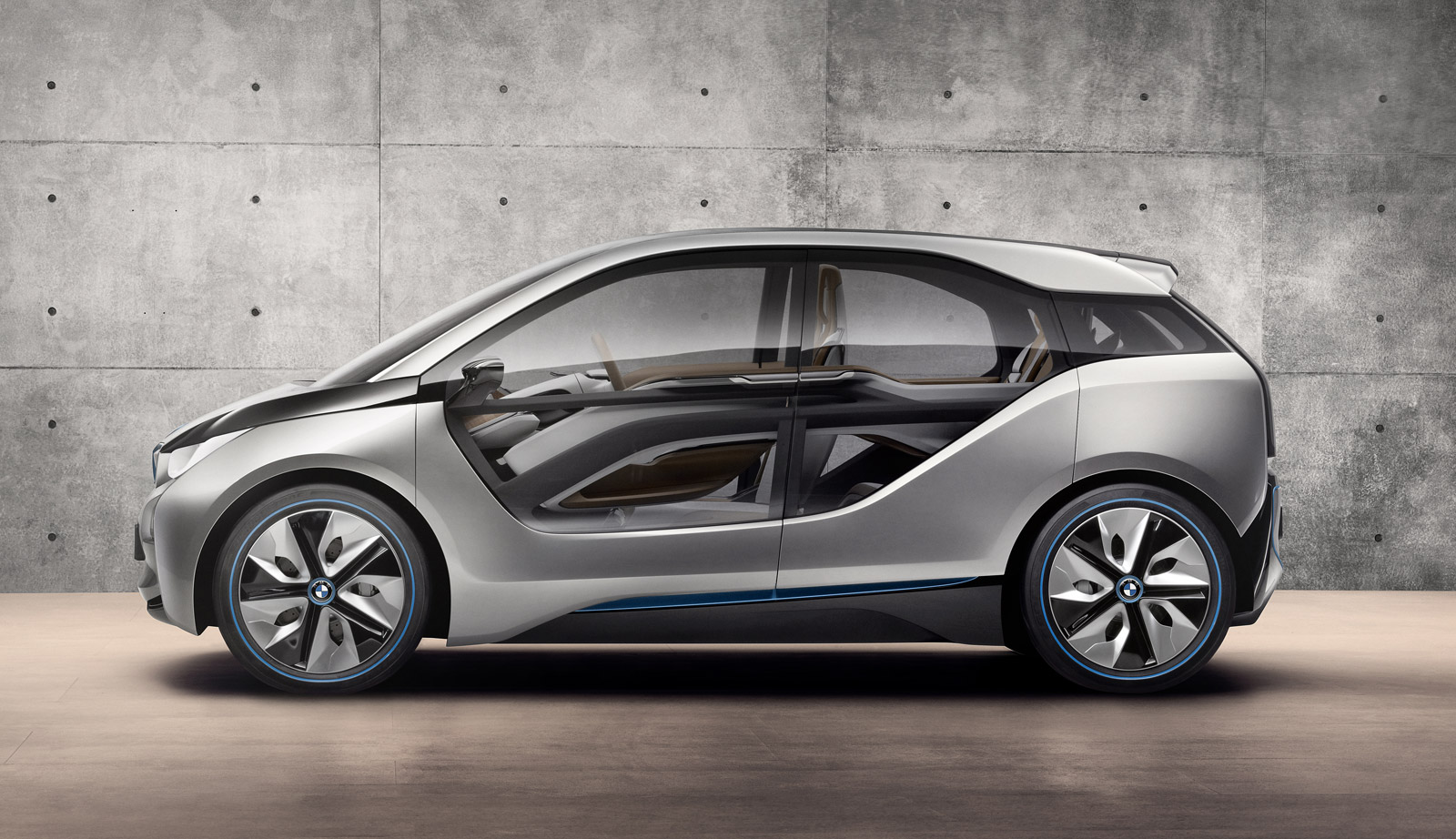 bmw i4 concept electric coupe to appear at la show report. Black Bedroom Furniture Sets. Home Design Ideas