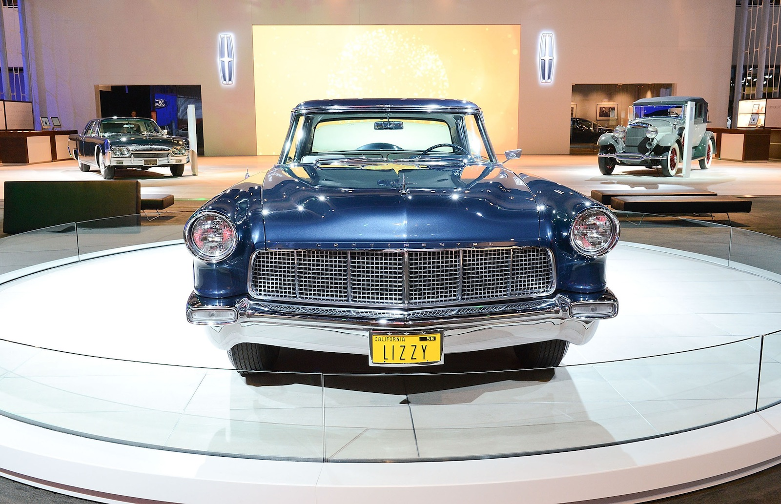 To illustrate its future lincoln honors its past for Ford motor company news