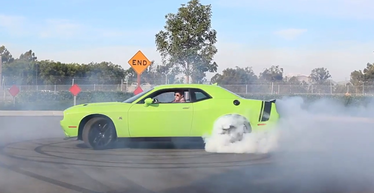 Dodge Challenger Scat Pack: A Sublime Burnout Machine - Video