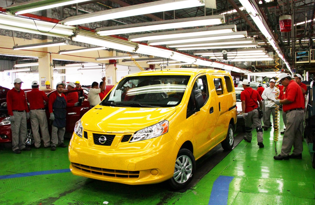 Nyc S Nissan Nv200 Taxi Of Tomorrow Rolls Off Lines In Mexico