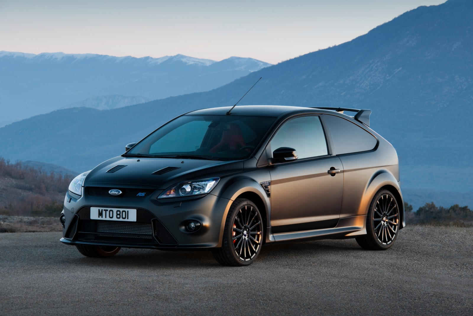 next ford focus rs to get 350 hp active differential report. Black Bedroom Furniture Sets. Home Design Ideas
