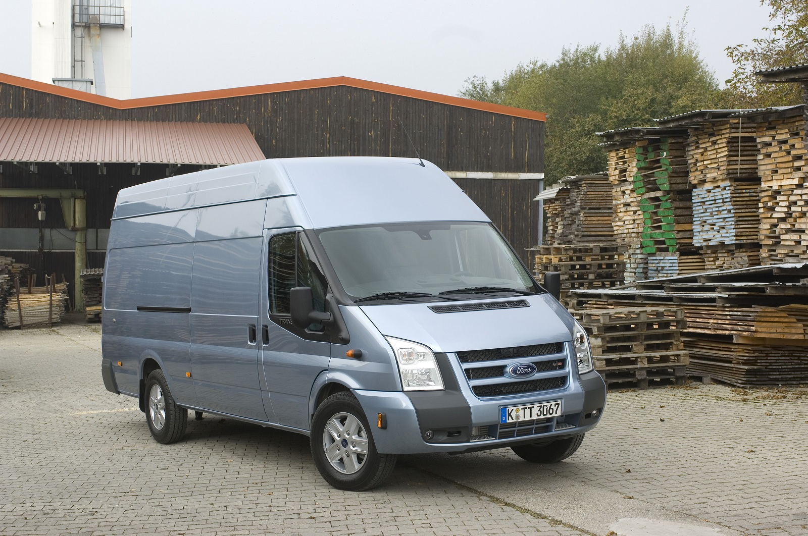 new ford transit coming in 2013 even big vans get greener. Black Bedroom Furniture Sets. Home Design Ideas
